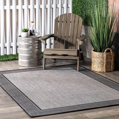 Gray Indoor Outdoor Gris border Area Rug