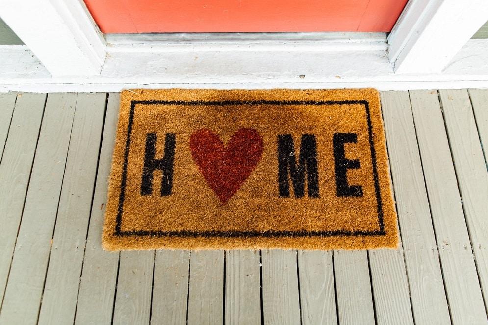 Ultimate Outdoor Doormat Guide in 2020 Sizing, Materials & Buyer Tips