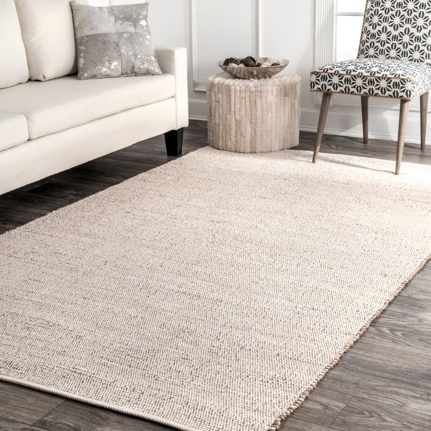 Natural Handwoven Chaste Area Rug